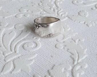 Bridal Wreath Spoon Ring