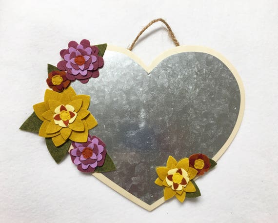 Flower Magnetic Heart, Metal Plaque, Floral Wall Decor, Wall Hanging, Felt Flower Magnet Board, Wedding Decor