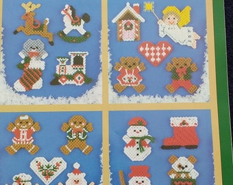 Christmas Mini's In Plastic Canvas Pattern