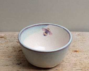 Small Bee Sugar Bowl