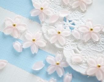10 pcs Sakura / Cherry blossom Flower Petal Cabochon (5-15mm)  FL457