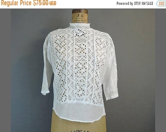 20% Sale - Edwardian 1900s Embroidered Eyelet Blouse, 38 bust, White Cotton Vintage Blouse, Button Back with Lace