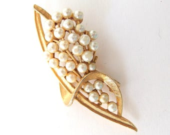 ART Pearl Brooch - Large, Vintage Goldtone Pin with Faux Pearl Cluster, Signed Jewelry