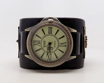 Steampunk watch. Men watch. Quartz watch.Leather cuff watch