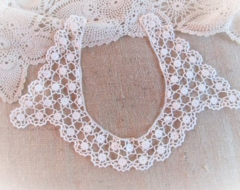 Antique Lace Collar Hand Crochet Crocheted Clothing Accessories Sewing Supplies Vintage Linens