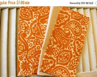"SALE 10% OFF Set of 4  12"" 2 ply  Cotton Cloth Napkins Fall Vintage Print"