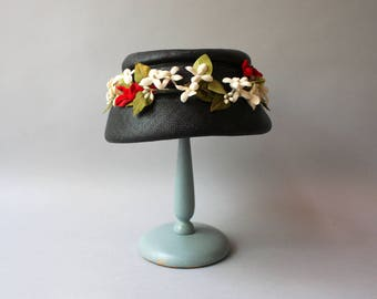1950s Hat / Vintage 50s Floral Straw Hat / 1950s Navy Blue Flowers and Bows Hat