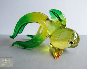 Green Yellow Goldfish Miniature Hand Blown Painted Glass Animal Figurine Nice Collectible Gifts Decor Ocean Marine Life Painted Glass Fish