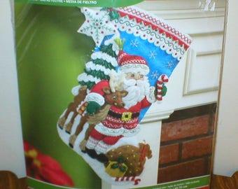BUCILLA Felt Stocking Kit Nordic Santa Christmas Stocking Papa Noel Nordico 18in 86647