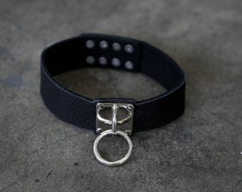 LOVE IN VEIN Softest Black Leather and Metal O Ring Collar Choker