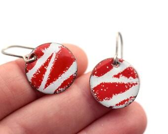 Red and White Enamel Earrings, Zig-zag Earrings, Bold Jewelry, Colorful Earrings, Circle Earrings, Geometric Jewelry, Enamel Jewelry