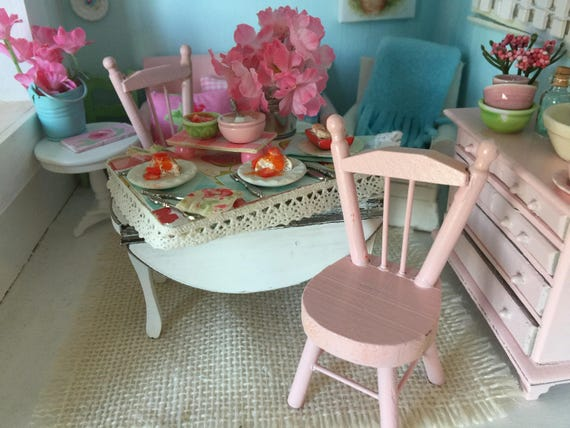 Miniature Dollhouse Chair - Pink, Red or White