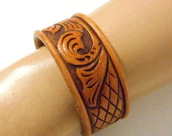 Small Leather Cuff Bracelet Tan Brown Vintage Reclaimed Tooled Jewelry Boho Cowgirl