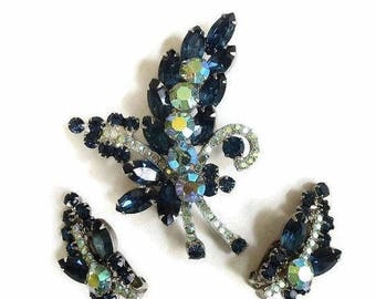 Juliana Sapphire Blue Rhinestone leaf Brooch and Earrings Green and Blue Aurora Borealis Vintage D&E Verified Set