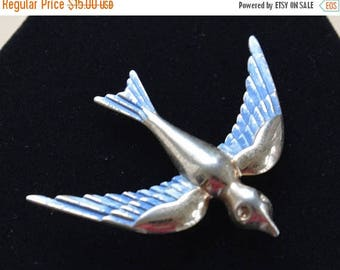 ON SALE Blue bird of Happiness Brooch, Pin, Vintage, Gold tone (E7)