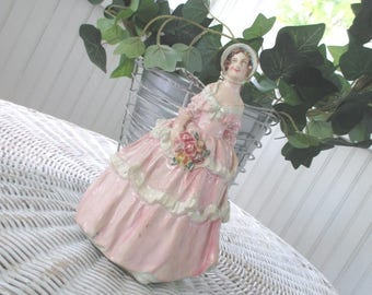 Vintage Chalkware Victorian Southern Belle Figurine * Shabby Cottage * Pink Roses * Chalkware * Plaster