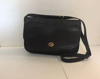 FREE SHIPPING Vintage Coach Black Leather New York City Shoulder Crossbody Bag Purse 5702