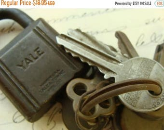 ONSALE Vintage Salvage Yale Master lock with Keys Steampunk Full Size Padlock