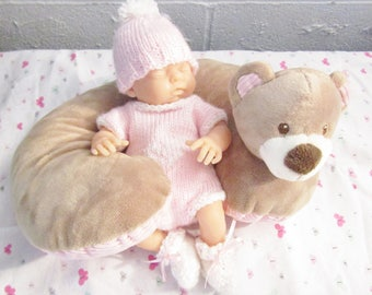 """Romper Hat and Booties Pattern  for 10"""" Doll Knitted"""