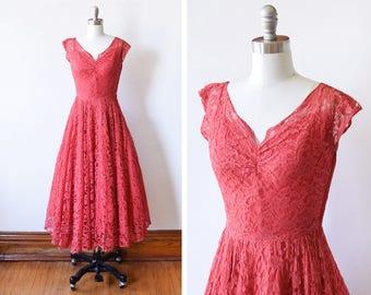 Red dress 5t vs xs
