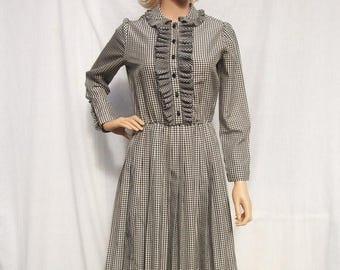 SALE 60s Black White Gingham Day Dress size Small SERBIN Ruffled Bodice Pleated Skirt Tuxedo Bodice