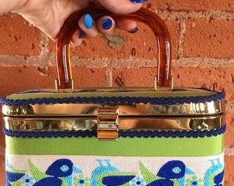 Topsy Turvy Upsidedown Birdy Box Purse