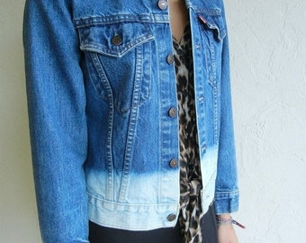 40% OFF Levis Vintage Gradated Ombré Denim Jean Jacket Size Small