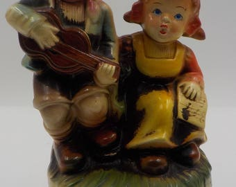 Vintage Ceramic Music Box - Music figurine - Made in Japan - Boy and Girl - Hand Painted - Collectible