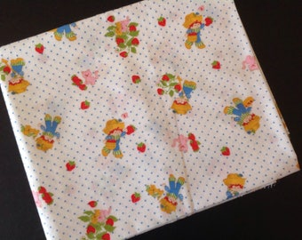 Vintage Huckleberry Pie Strawberry Shortcake Cotton Fabric 1 Yard