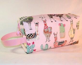 Llovely Llamas Project Bag