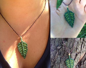 Macrame leaves pendant. Fairy necklace. Grean leaves pendant. Leafy necklace. Macrame leaves