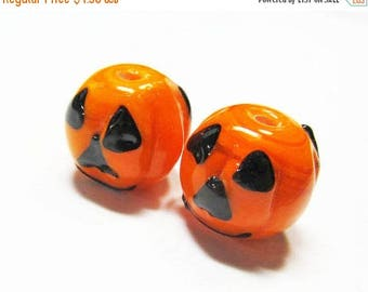 20% OFF LOOSE BEADS - Lampwork Glass Art Beads - Orange and Black Fluted Round Halloween Jack-O-Lanterns (2 beads) - gla843