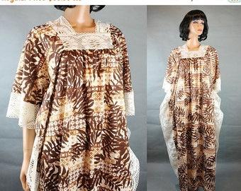 ON SALE Vintage Caftan Dress XL 2X Xxl 3X Brown White Lace Trim Geometric Palm Leaf One Size Free Us Shipping