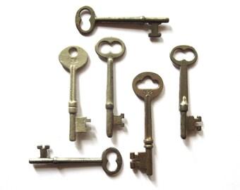 6 Vintage skeleton keys Vintage keys Antique skeleton key Old skeleton keys Old Skelton Vintage old keys Antique rusty keys Old bit keys #2