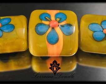Vintage Turquoise and mustard Lampwork bead set - SRA Lorraine Dowdle
