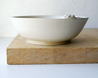 SECONDS SALE - Handmade stoneware bowl in vanilla cream with mouse