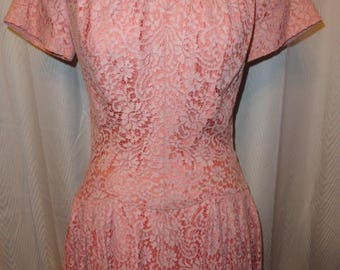 Vintage Dress Ladies Pink Lace Dropped Waist 1950s
