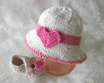 Hand Knitted Valentine Baby HAT and MATCHING BOOTIES Set Brimmed Baby Hat Knitted baby hat Knitting Newborn Baby Hat Valentine's Day Hat