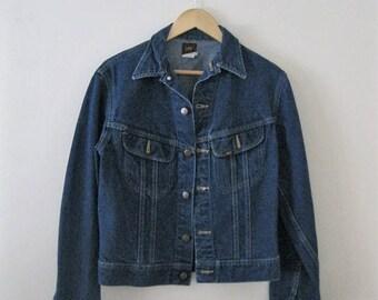 Spring SALE Vintage Lee jean jacket / Unisex denim jacket