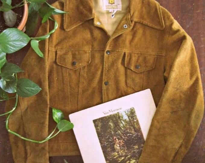 WINTER SALE Vintage 70s suede jacket / Hippie Boho caramel suede jacket