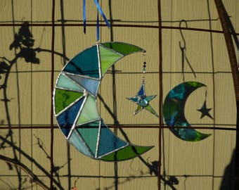 Stained Glass Moon with Star-handmade-suncatcher-unique gifts-anniversary-wedding-birthday-christmas-home decor-glass art-gifts for her/him