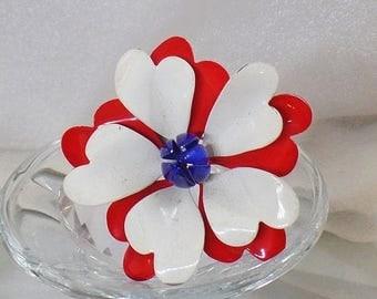 SALE Vintage Flower Brooch.  Large Scalloped Red White Blue Flower Brooch.   Mod Patriotic Flower Pin.  USA Enamel Flower Brooch