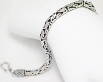 Sterling Silver Tribal woven Bracelet braided rope design size 7 .75 inch mens womens transgender vintage fine jewelry