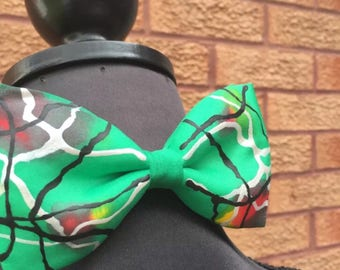 Green Scribble Hand Painted Bow Tie by Julie Riisnaes