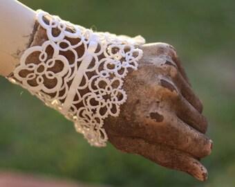 white irish lace, boho gypsy cuff, vintage lace,  festival cuff, lace textile bracelet, shabby chic lace cuff