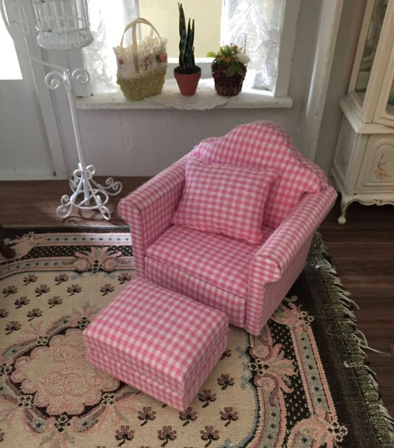 Miniature Chair, Ottoman and Pillow, Pink and White, 3 Piece Set, Dollhouse Furniture, 1:12 Scale, Dollhouse Miniature, Decor, Accessory