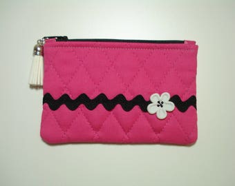 Quilted COIN Purse Pouch / Tiny Zippered Pouch / Tiny HOT PINK Cosmetic Purse / Purse Organizer / Quilted Zipper Flower Pouch