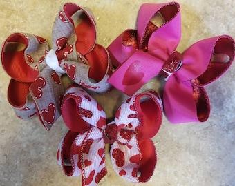 Medium toddler size Valentine bows