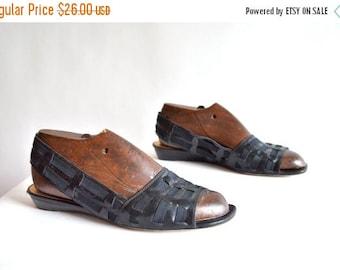 25% off Storewide // SUPER SALE / Vintage 1990s Dani BLACK leather slingback sandals / 8.5