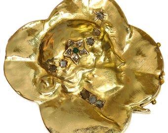 Antique gold locket pendant 18k yellow gold emerald rose cut diamonds Art Nouveau jewelry